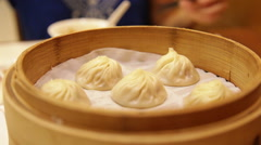 Xiao long bao / xiaolongbao soup dumplings Stock Footage