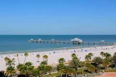 Pier 60 on Clearwater beach in morning Stock Footage