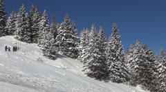 HD. Beautiful winter landscape with group of tourists spent their holiday. Vacat - stock footage