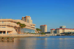 Tampa convention center. Late afternoon Stock Footage