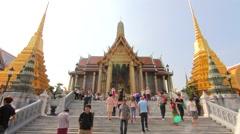 Wat Phra Kaew grand buddha temple bangkok thailand time lapse Stock Footage