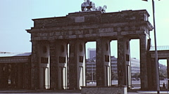 Berlin 1982: Brandenburg gate Stock Footage