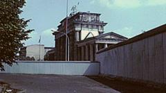 Berlin 1982: Brandenburg gate Stock Footage