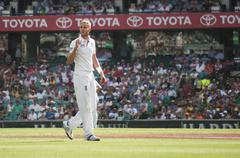 English bowler stuart broad walks on the pitch Stock Photos