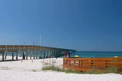 Dan Russell Pier in Panama City Beach Stock Footage