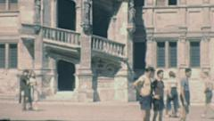 Blois 1949: people walking in the courtyard of the castle Stock Footage