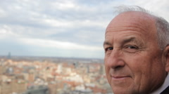 Portrait  of a confident mature business man with manhattan in background Stock Footage