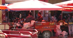 4k variety of food & Life items in large outdoor trade market,Shangri-La,china. Stock Footage