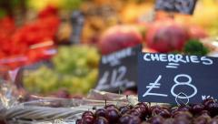 Pull focus at a fruit and vegetable market, London, England. Stock Footage