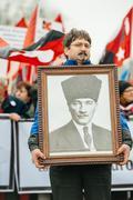 Armenian and Turkey diaspora protesting Kuvituskuvat