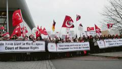 Armenian and Turkey diaspora protesting Stock Footage