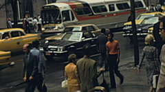 New York 1976: traffic in the street Stock Footage