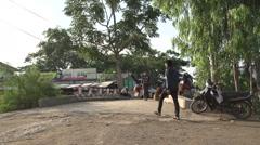 Nyaung Shwe, streetlife at the bridge Stock Footage