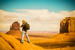 Travel Photographer at Work. Arizona Monuments Valley. Kuvituskuvat