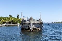 Vizcaya, Floridas grandest residence under blue sky Stock Photos
