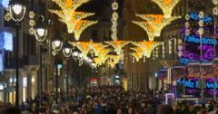 BARCELONA, SPAIN: Holiday at av. Portal de l'Àngel Stock Footage