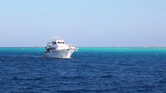 White yacht sailing the red sea - egypt Stock Footage