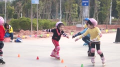 Chinese children are practising pulley Stock Footage