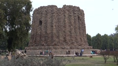 The abandoned Alai Minar at Qutub Complex Stock Footage