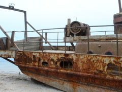 Rust and ship. Related clips are in my portfolio in 1920x1080. - stock footage