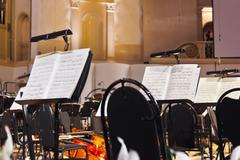Musical instruments and sheet music Kuvituskuvat