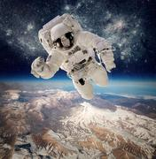 Astronaut in outer space Kuvituskuvat