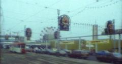 Blackpool Tram Street Szene Funfair 16mm 70s 80s Stock Footage