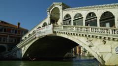 View of Ponte di Rialto bridge Stock Footage
