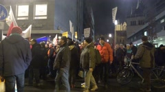 4k Anti-Pegida demonstration crowded crowd Braunschweig Stock Footage