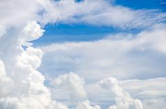 Cloud and blue sky in sunny day Stock Photos