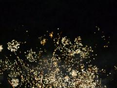 Bright flashes of salute. Related clips are in my portfolio in 1920x1080. - stock footage