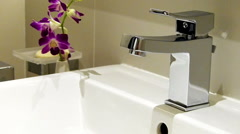 Water leak in the sink Stock Footage