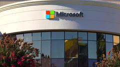 Establishing shot of Microsoft Headquarters in silicon valley, california. Arkistovideo