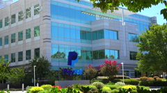 Establishing shot of PayPal Headquarters in silicon valley, california. Stock Footage