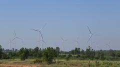 Wind turbine producing alternative energy Arkistovideo