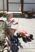 Boy and rc car Kuvituskuvat