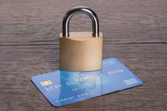 Credit card and lock in secure transactions concept Kuvituskuvat