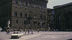 Florence 1974: people walkin in Piazza della Signoria Stock Footage