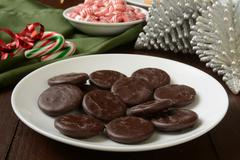 Chocolate mint cream Christmas cookies Stock Photos