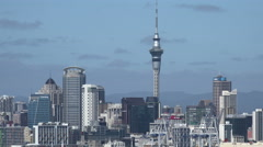 Auckland skyline, New Zealand, zoom out to Devonport Stock Footage