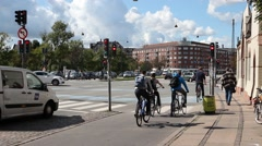 Rush Hour In City Center. Bicycles Coming and Waiting At Red Light Stock Footage