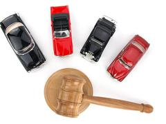 Gavel auction and cars Kuvituskuvat