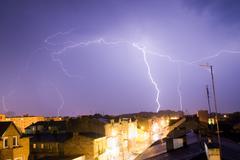 Town and lightning strike Kuvituskuvat