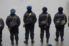 The police at an opposition March memory Nemtsov Stock Photos
