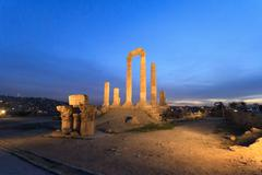 Temple of Hercules in Amman Citade at Nightl, Al-Qasr site, Jord Stock Photos