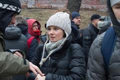 Policies Natalia Shavshukova at the funeral of Boris Nemtsov Stock Photos