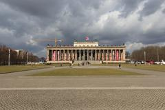 alte Nationalgalerie - Berlin sightseeing / Lustgarten - stock photo