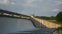 Flooding water and rainbow at Hoover Dam on Big Walnut Creek Stock Footage