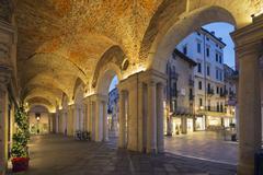 An arcade in Piazza Signori, Vicenza, UNESCO World Heritage Site, Veneto, Italy, Stock Photos