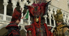 Venetian masks with feathers near Dodge Palace Stock Footage
